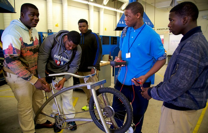 Miami Northwestern students pedal their way to SOBEWFF