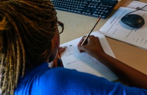 High schoolers earn FIU scholarships using Raise.me