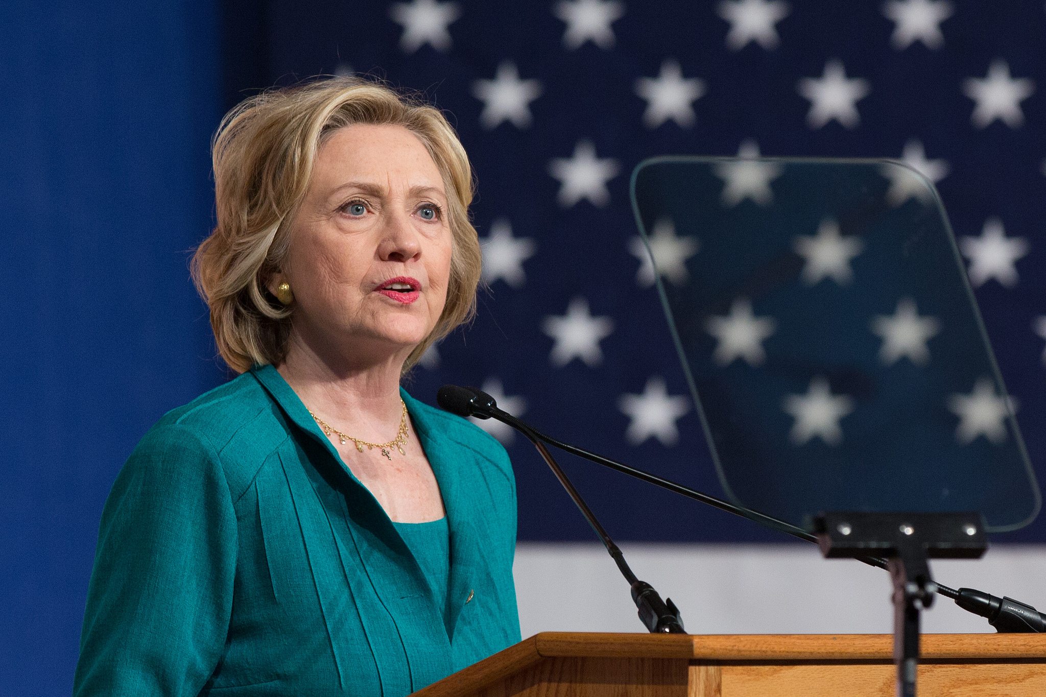 In FIU speech, Clinton calls for end to Cuba embargo