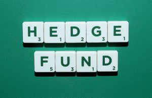 Finance professor reveals best time to invest in hedge funds