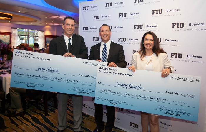 Malcolm Butters helps fellow FIU Business grads with student loans