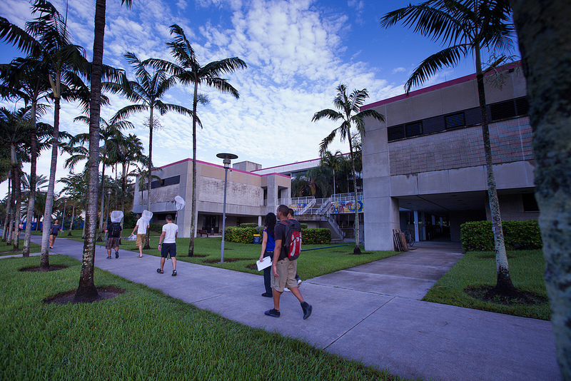 Strong IT industry ties help land jobs for FIU grads, $3.75 million for university