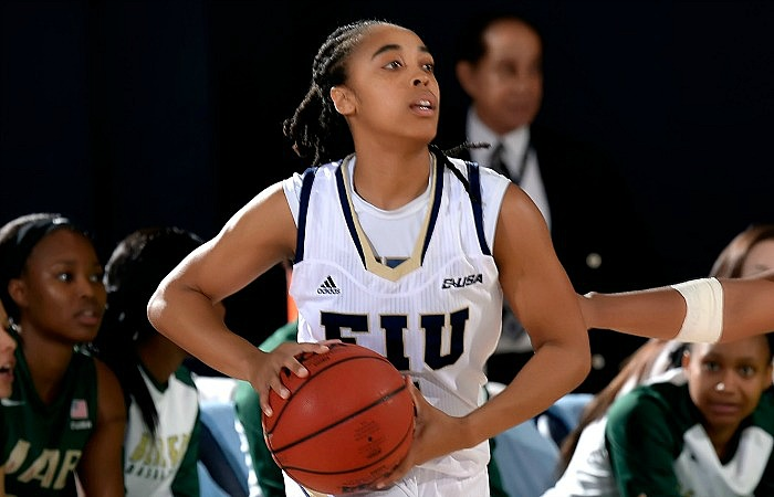 Senior point guard Taylor Shade has balanced basketball and an internship as she prepares to graduate at the end of the semester. Photo courtesy of Alex J. Hernandez.