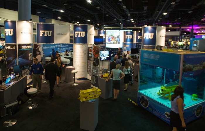 FIU establishes impressive presence at tech conference