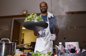 Andrew Rolle, assistant director at the Wolfe University Center, creates a veggie blend during last year's competition.