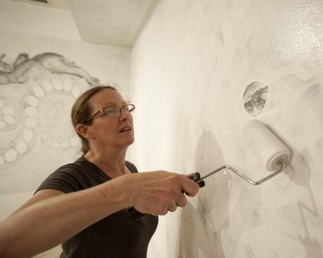 FIYou: Gretchen Scharnagl '00, MFA '04