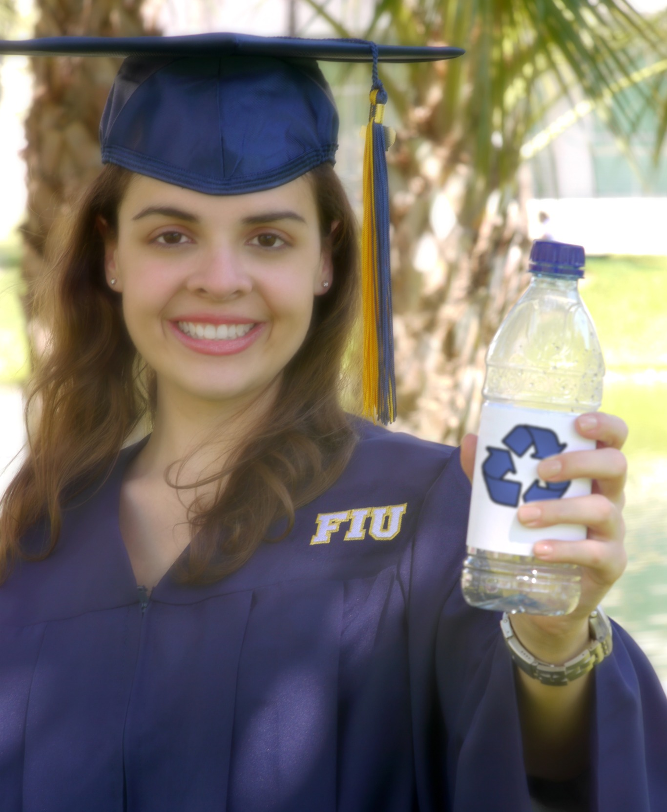 Earth-friendly commencement gowns: All the rage this spring at FIU