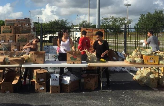SGA teamed up with Farm Share and several elected officials to provide free food to students and the community.