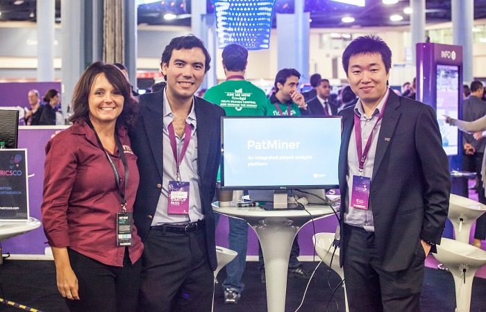 From left to right: Monica Tremblay, Chair of the Department of Decision Sciences and Information Systems at the College of Business, Arturo Castellanos and Longhui Zhang