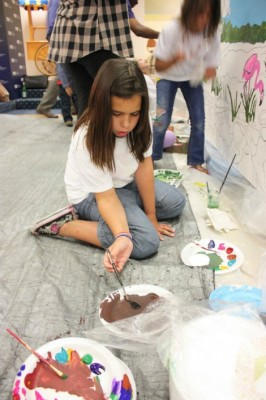 Students lead community arts projects
