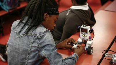 Lakeria Gathers, Miami Edison Park K-8 Center student who participates in the FIU EV3 Robotics Program.