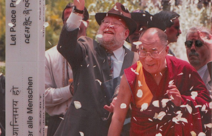 50@50: Dalai Lama visits FIU for the first time in 1999