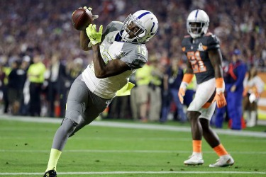 T.Y. Hilton catches a touchdown in first Pro Bowl appearance