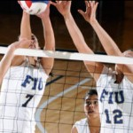 Volleyball team leaves home with a win against FAU