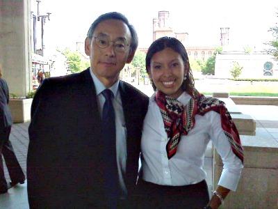 Florida International University graduate Rosa Elmetti with United States Secretary of Energy Steven Chu
