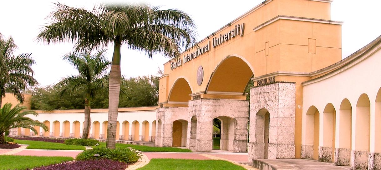 FIU earns 10-year SACS reaffirmation