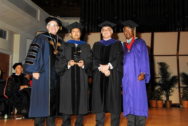 Faculty excellence recognized at convocation