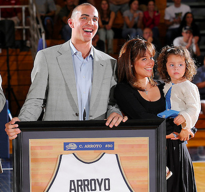 Carlos Arroyo has his number retired in a ceremony at FIU Arena on Jan. 5, 2009.