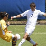 Men's soccer team makes it two in a row, women's soccer falls in Tampa