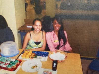 Ashley Lawrence '06 (L) and Sharonda Lebrun (R) table in Graham Center in 2006.