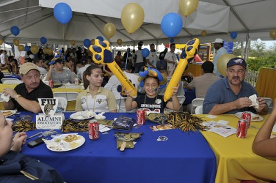 Join the FIU Tailgate and football fun