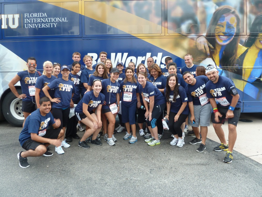 Team fiu competes in mercedes benz miami corporate run for Mercedes benz corporate run 2018