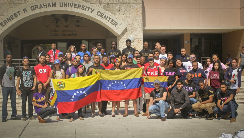 Students gather to raise awareness for Venezuela