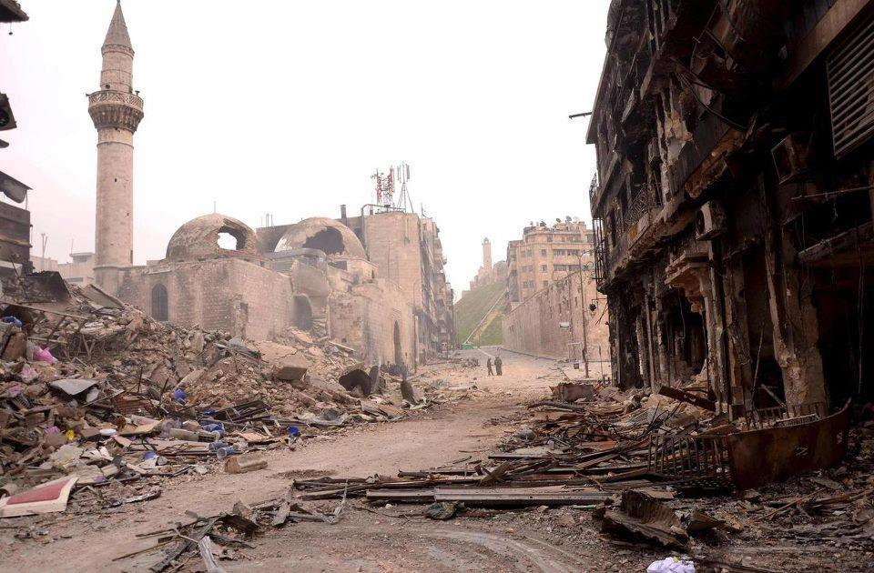 Old city of Aleppo destroyed