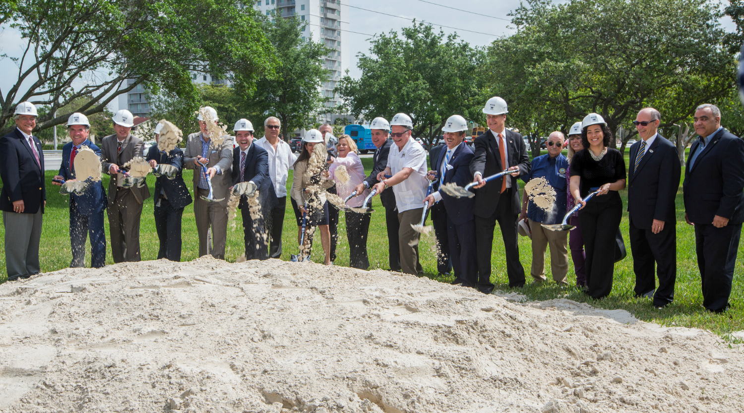 Local and national leaders, including Congresswoman Ileana Ros-Lehtinen and Sweetwater Mayor Orlando Lopez, gathered at FIU to break ground for the new bridge