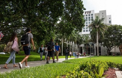 fiu-students570