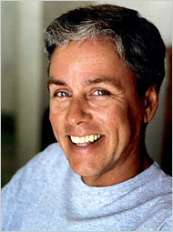 Hiaasen to offer his view of America during Feb. 25 lecture