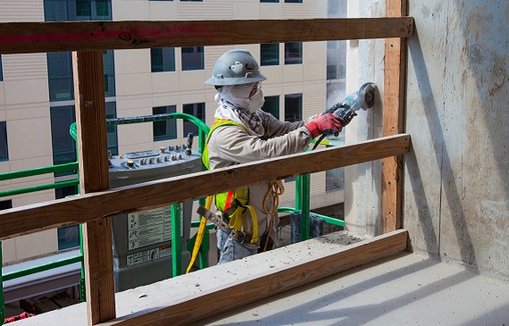 Unionized construction firms see fewer serious injuries