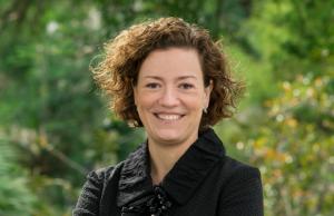 Laura Dinehart