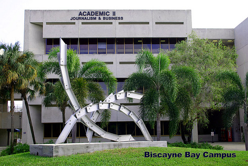 Accrediting council on education in journalism and mass communications (acejmc)