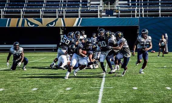 FIU invites South Florida youth organizations  to home football games