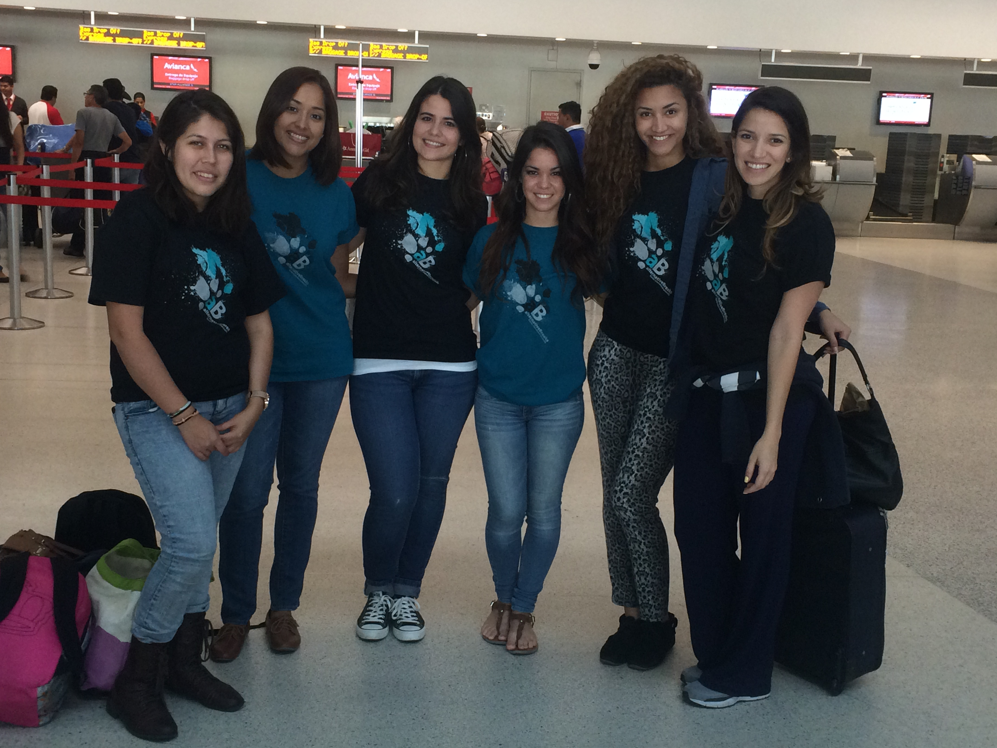 Allison Vallejos, Amanda Garcia, Maylen Morales, Megan Perezz, Nathalie Veizaga and Yesnia Joyas at Miami International Airport before the depart for Guatemala.