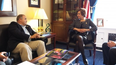 FIU Artist Xavier Cortada and STEAM Caucus Chair Rep. Suzanne Bonamici discussed the important link between the arts and sciences.