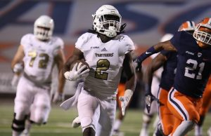 Sophomore running back Anthony Jones (#2) rushed for a career-best 128 yards on Oct. 8 against the UTEP Miners.