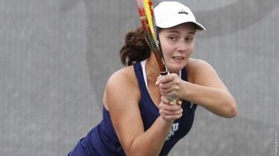 Freshman Maryna Veksler improved to 22-4 in singles action with a pair of wins over the weekend.